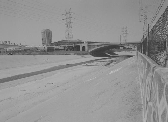 Los Angeles – Skidrow/ LA River bank.